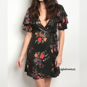 Dresses & Skirts - Spring/Summer Dress
